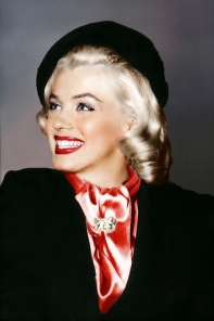 marilyn-in-a-beret